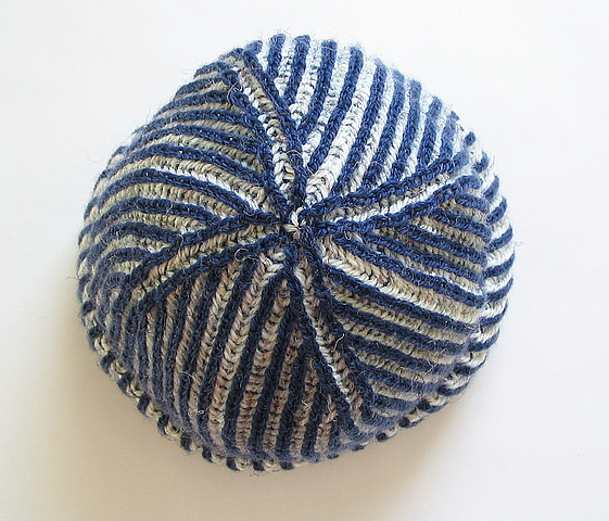 Two Color Double Knitting In The Round : Two color brioche hat