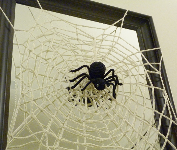 Spider Knitting Pattern : Halloween Spider and Web